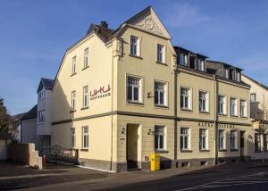 Alte-Post-Gaestehaus-Hotel-UHU